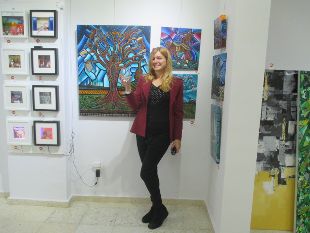 Artista Eli at Gallery ArtClub in Fuengirola, Andalusia